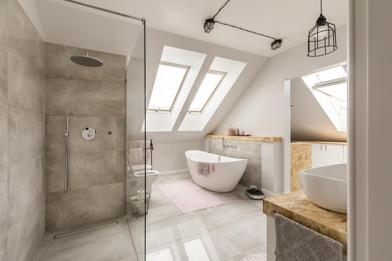 Les meubles design pour une salle de bain moderne