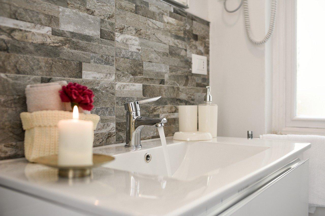 Faire le bon choix des accessoires pour votre salle d'eau